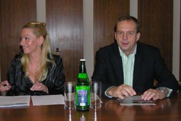 Zástupcovia investora. Blanka Feč - Vargová a Roland Tóth.