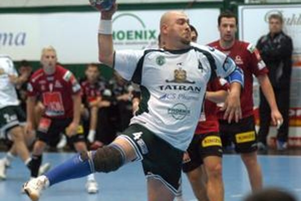 Tomáš Mažár. Pivot Tatran nastrieľal cez víkend jedenásť gólov.