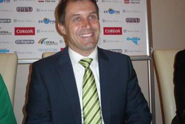 Roman Pivarník. Tréner zeleno-bielych mal v ostatných dňoch dôvody na úsmev.