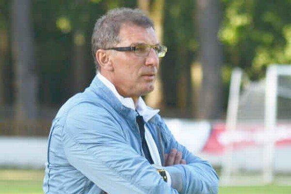 Tréner Martin Uporský. Nepodarilo sa mu zachrániť Slavoj v druhej lige.