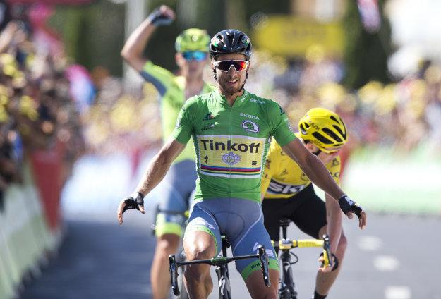 Chris Froome vo finiši nestačil na Petra Sagana.