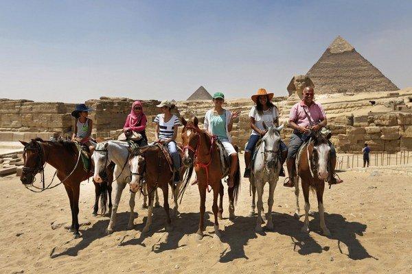 V Egypte sa strieľa, európski turisti sa chodia potiť do iných krajín.