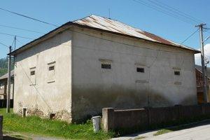 Kúria. Celkový pohľad na jednu zo zachovaných rezidendcií.
