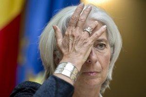 Christine Lagardeová šéfuje Medzinárodnému menovému fondu, ktorý tvrdí, že vysoký odvod môže obmedziť úverovanie ekonomiky v čase, keď je  po kríze oslabená.