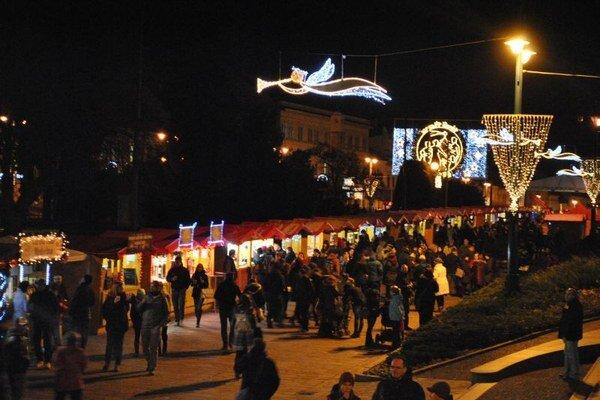 Predvianočná nálada už vládne aj v Prešove.