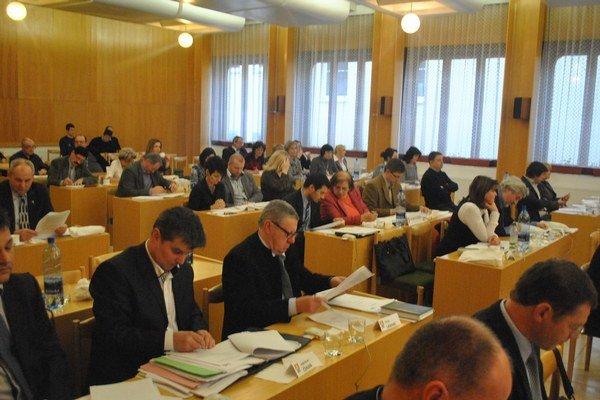 Zastupiteľstvo. Sabinovskí poslanci schválili zámer výstavby bytov.