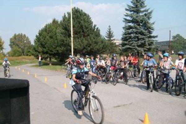 Cyklisti sú obmedzovaní