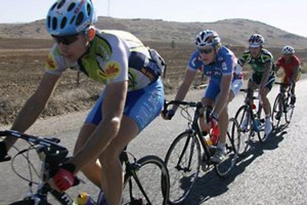 Cyklisti. Tí v Lipanoch budú mať zveľadené svoje trasy.