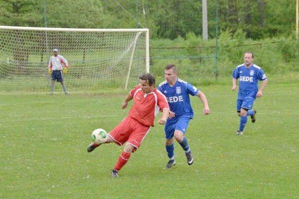Nezbierali karty. Futbalisti Rožňavského Bystrého boli v sezóne najmenej napomínaným mužstvom.
