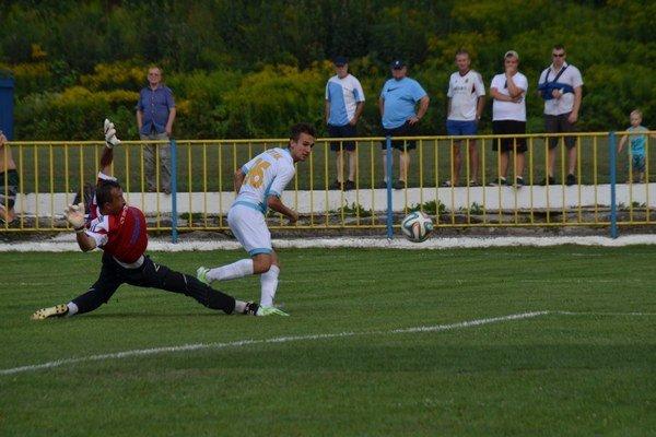 Vyrovnanie. Samuel Lipták dáva vyrovnávajúci gól.
