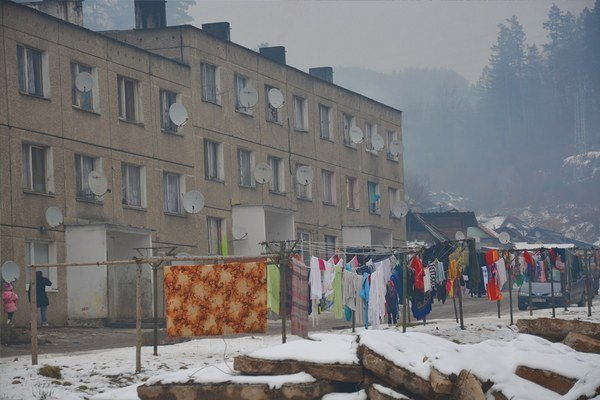 Osada vDobšinej. Pomocou vajdu chce mesto riešiť rómsku otázku.