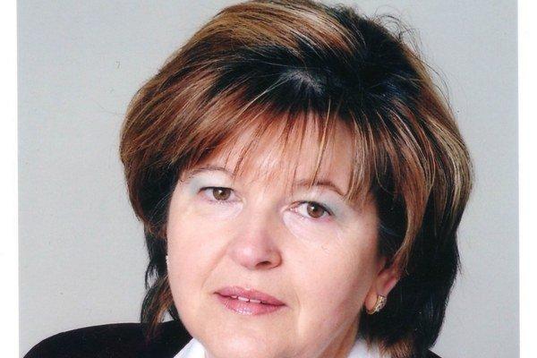 E. Szabadosová. Je novou poslankyňou v Rožňave.