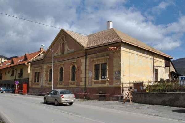 Budova GOS, Národná kultúrna pamiatka na Betliarskej ulici prechádza rekonštrukciou.