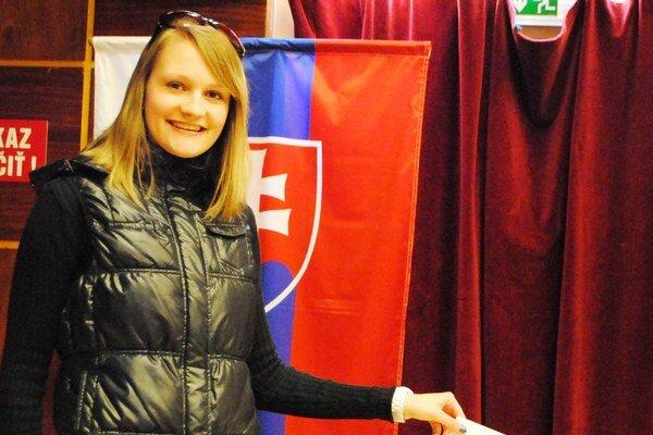 Dobšinčanka F. Kolláriková. Volieb sa zúčastnila po prvýkrát.