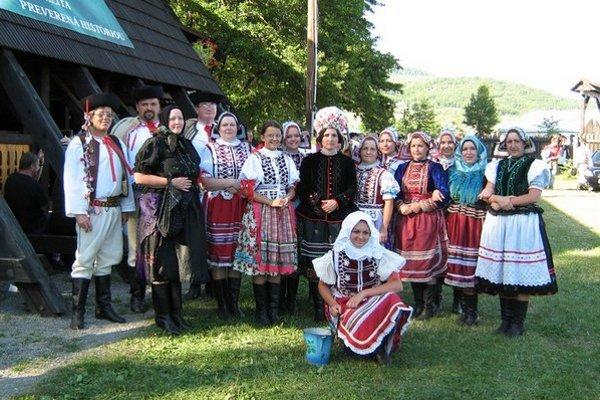 Hôra z Rejdovej. Aj folklórna skupina z Rejdovej sa už tradične predstaví na podujatí Rok na Gemeri 2014.
