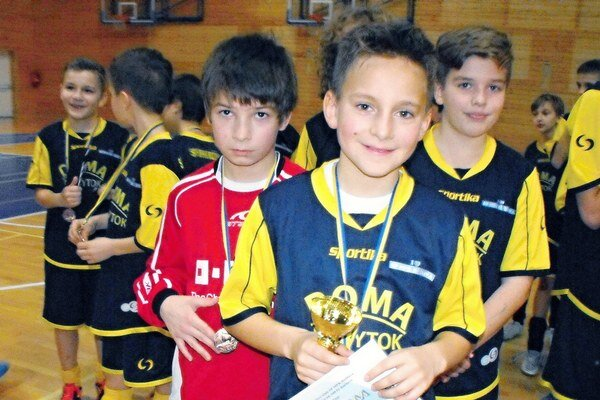 S medailami. Žiaci SP MFK Rožňava skončili na stupni víťazov.
