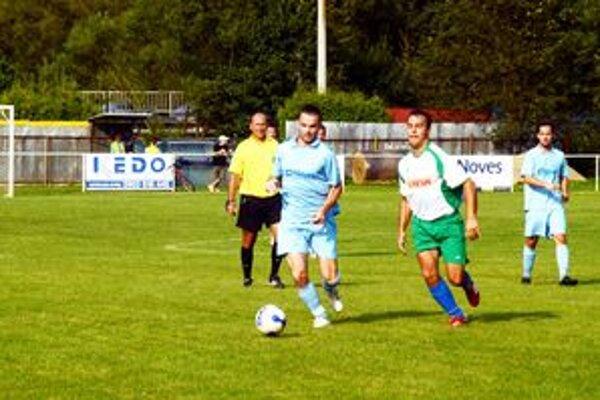 Jedným z hráčov Lipovníka, ktorý pre zranenie nedohral zápas v Myslave, bol aj Marián Varga.