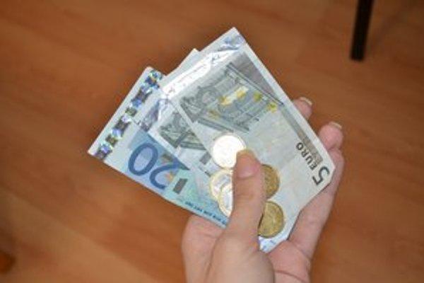 Dlhy. Obyvatelia dlhujú viac ako 920– tisíc eur.