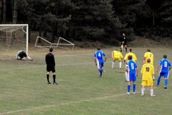 Penalta. Nepremenená penalta pomohla Kalši k trom bodom.