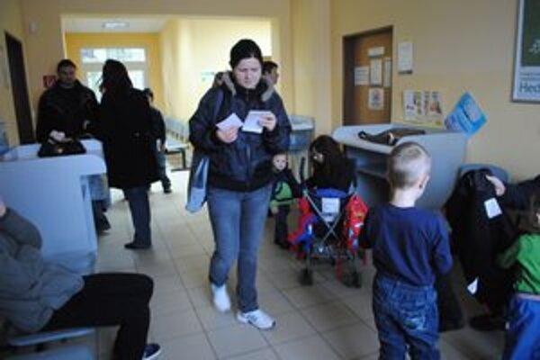 Ambulantné čakárne zažívali zvýšený počet pacientov.