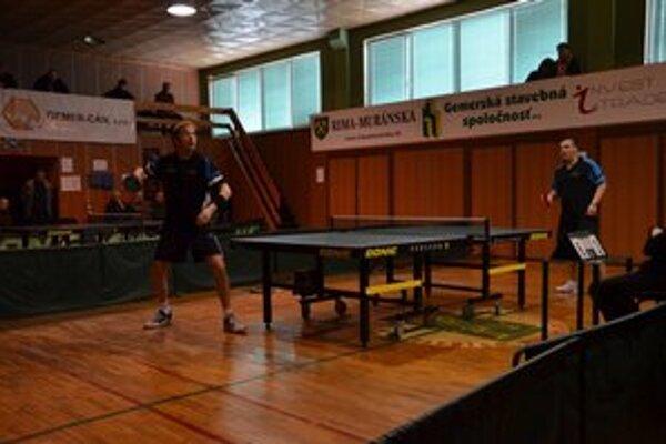 V súboji dvoch maďarských hráčov zdolal P. Muskó J. Szücsa 3:1.