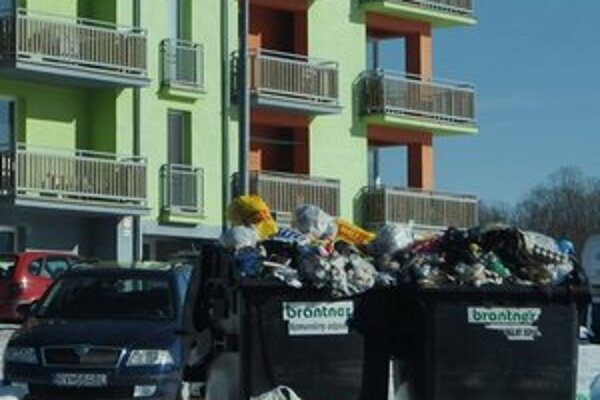 Odpad v Rožňave. Zavedenie zberu bioodpadu je pre mesto neúnosné.