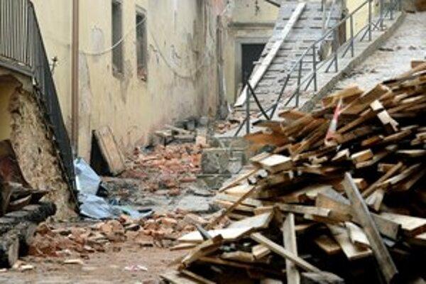 Škody po víchrici z minulého týždňa ešte nevyčíslili.