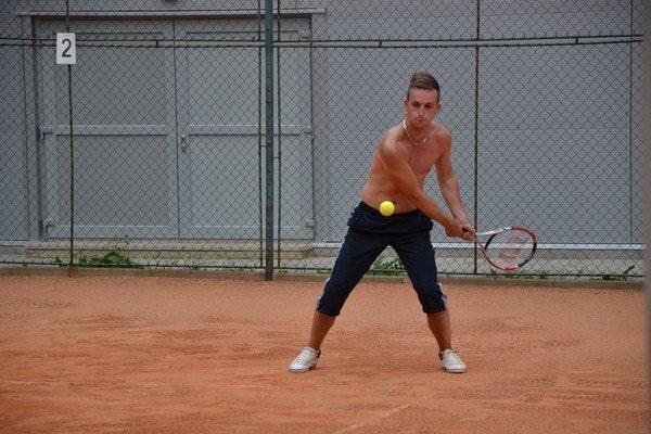 Na kurte. Tomáša Havka láka aj tenis.