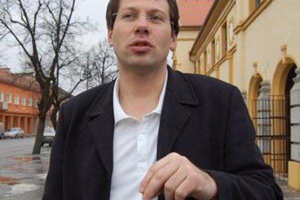 Exprimátor. Napriek všetkému kandiduje do májových volieb na post primátora v Tornali.