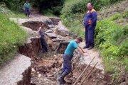 Nadabula. Nová kanalizácia by mala vyriešiť i problémy s odvádzaním dažďovej vody.