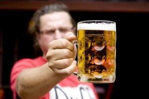 Pivovarníci pripravujú zvyšovanie cien. Pivárne o tom ešte nevedeli.