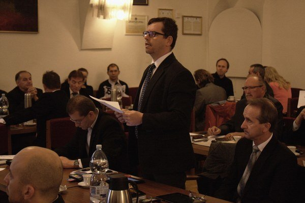 Poslanec Martin Šmilňák mal k zmene rozpočtu výhrady.