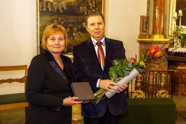 Peter Franko aGabriela Zavadská s Cenou Sebastian.