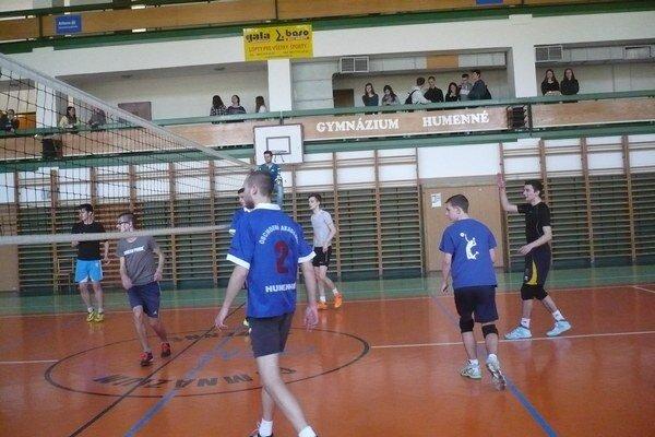 Humenskí stredoškoláci vyhrali. A postúpili do Starej Ľubovne.