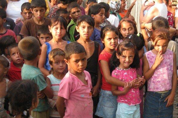 Škôlku chcú postaviť pre deti prevažne z marginalizovaných rómskych komunít.
