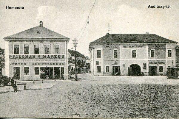 Andrássyho námestie - Hotel Štefánia.