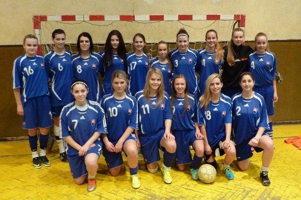 Humenské futbalistky U19.
