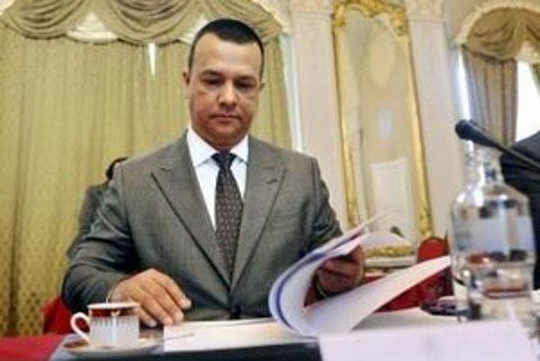 Minister hospodárstva Juraj Miškov (SaS) nechce pred schválením zákonov tretieho energetického balíčka podporiť odčlenenie firmy Eustream.
