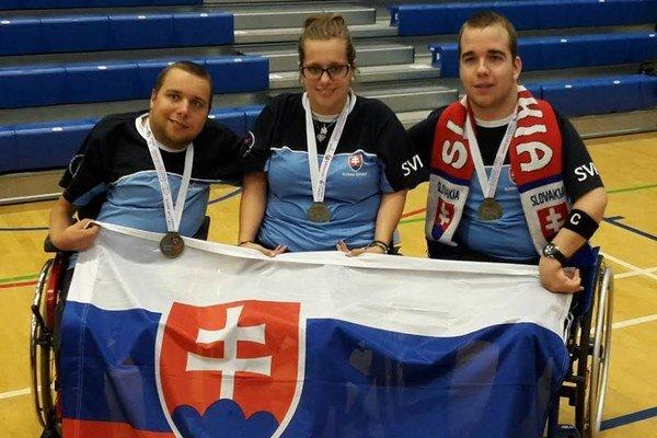 Víťazné družstvo Slovenska, Samuel Andrejčík vpravo.