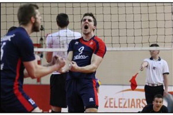 Emócie i boj. Aj také je volejbalové finále Chemes Humenné - Volley team Bratislava.