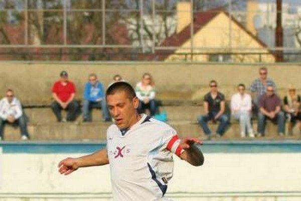 Russlan Ljubarskij. Humenský hrajúci tréner.