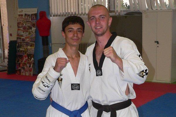 Zverenec a tréner. Samuel Kukura a Tomáš Potocký.