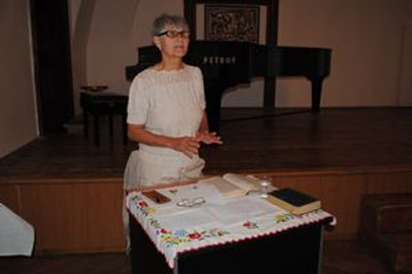 Zaujímavá prednáška. O živote Andrássyho prednášala Valéria Csontosová.