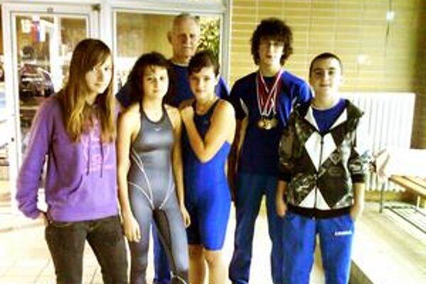 Úspešní. Humenskí plavci potvrdili na šampionáte svoje kvality.