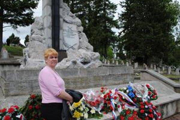 """""""Bol námorníkom na ponorke"""". Hovorí Albína Kaňuchová o svojom otcovi, ktorý počas druhej svetovej vojny bojoval vo vodách Čierneho mora."""