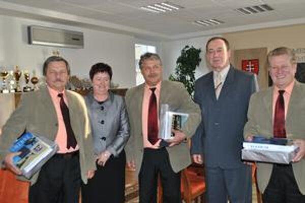 Spoločná. Humenské trio s primátorom a viceprimátorkou Máriou Cehelskou.