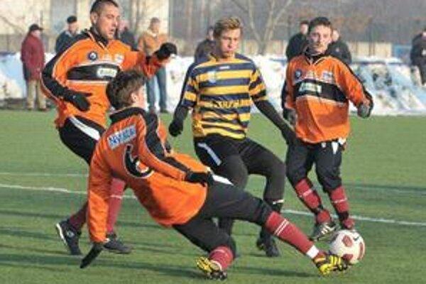 Trojica skalných. Humenčania (zľava) Ljubarskij, Hreško a Koromház trénovali stále.