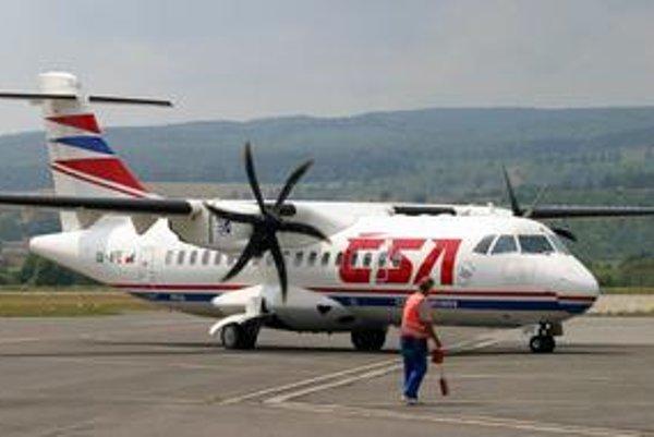 Dnes lieta ČSA do Prahy na turbovrtuľovom lietadle. Pribudne k nemu veľký Boeing 737500.