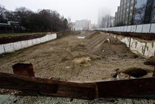 Búracie a projektové práce na nemocnicu už stáli 3,5 milióna eur.
