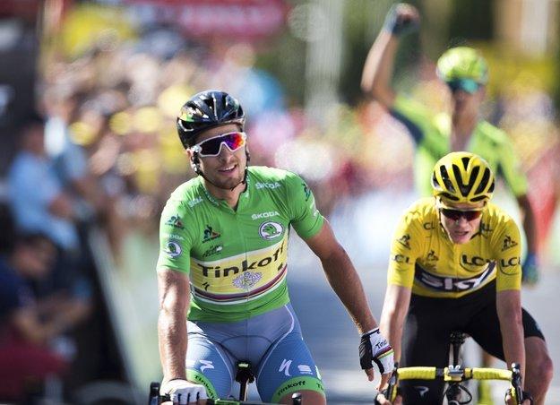Chris Froome (v žltom) bojoval v 11. etape o víťazstvo s Petrom Saganom.